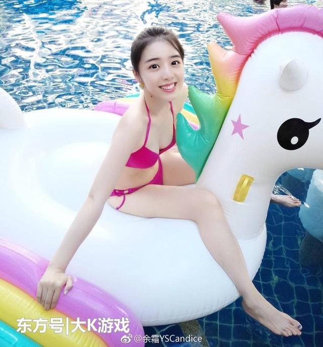 Ngẩn ngơ trước vẻ đẹp chim sa cá lặn của những caster nữ Esports Trung Quốc - Ảnh 2.