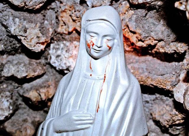 Bí ẩn về những bức tượng có thể khóc ra máu: Hiện tượng siêu nhiên hay trò lừa gạt? - Ảnh 5.
