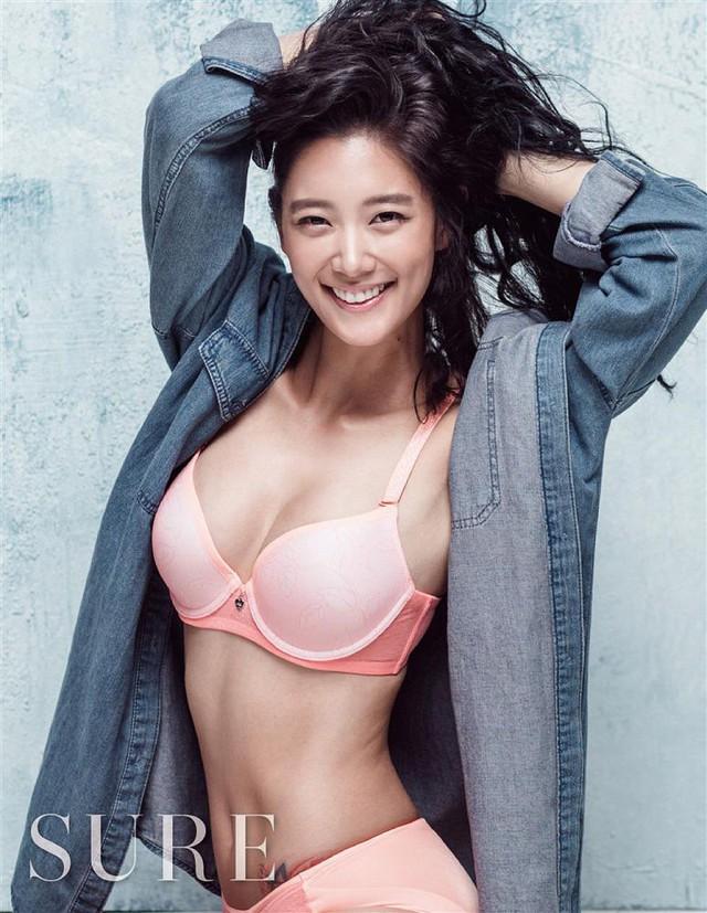 Vẻ quyến rũ của bom sex xứ Hàn, gái xinh gợi cảm tới mức bị ông chủ quấy rối gạ gẫm - Ảnh 5.