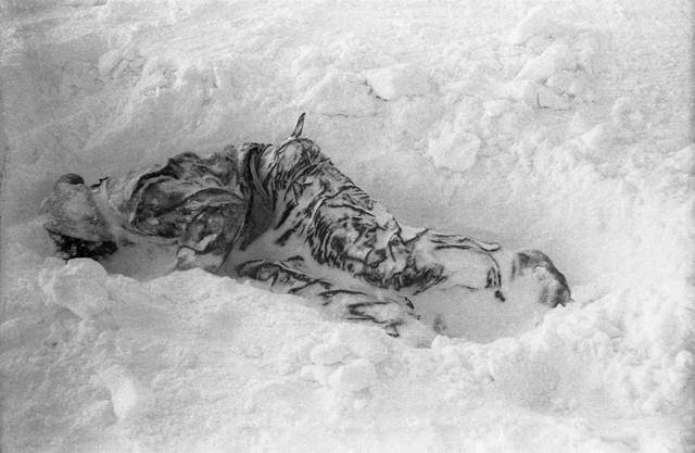 Thảm kịch đèo Dyatlov: Những cái chết bí ẩn không lời giải đáp của nền khoa học hiện đại - Ảnh 6.