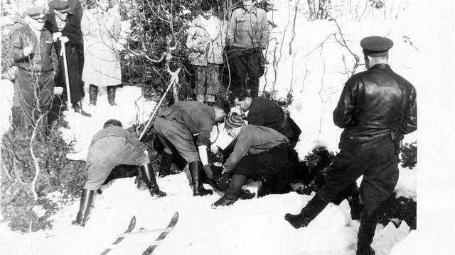 Thảm kịch đèo Dyatlov: Những cái chết bí ẩn không lời giải đáp của nền khoa học hiện đại - Ảnh 7.