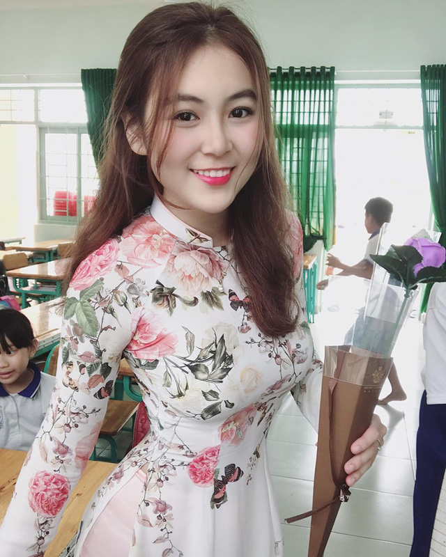 Cận cảnh nhan sắc gái xinh Việt bỏ nghề mẫu nội y làm cô giáo vì đam mê - Ảnh 1.