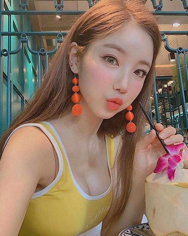 Nhan sắc gợi cảm của Sura - nữ DJ nóng bỏng nhất Hàn Quốc từng tới Việt Nam biểu diễn - Ảnh 8.