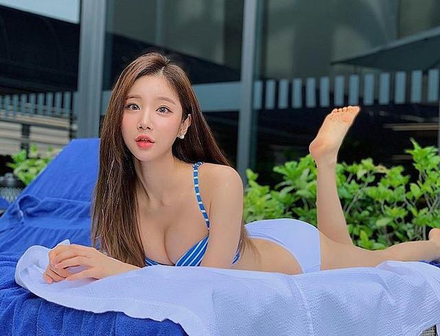 Nhan sắc gợi cảm của Sura - nữ DJ nóng bỏng nhất Hàn Quốc từng tới Việt Nam biểu diễn - Ảnh 11.