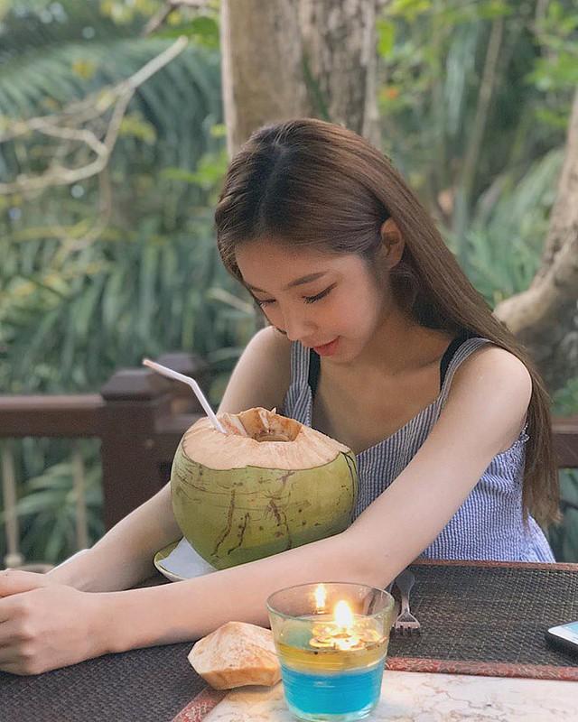 Nhan sắc gợi cảm của Sura - nữ DJ nóng bỏng nhất Hàn Quốc từng tới Việt Nam biểu diễn - Ảnh 13.