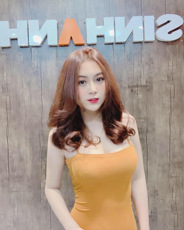 Cận cảnh nhan sắc gái xinh Việt bỏ nghề mẫu nội y làm cô giáo vì đam mê - Ảnh 14.