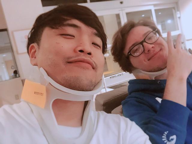 LMHT: Gặp tai nạn giao thông kinh hoàng, Impact vẫn tươi cười selfie trong bệnh viện cùng thủ phạm - Ảnh 4.