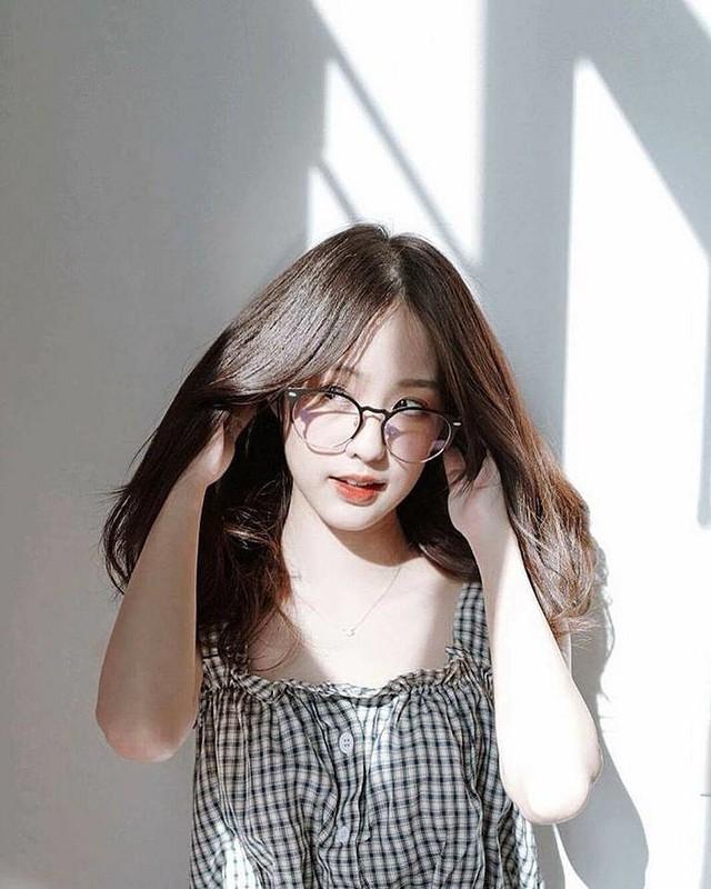 Xinh đẹp và thuần khiết, đây chính là hot girl sở hữu phong cách sống ảnh hưởng nhất châu Á - Ảnh 9.