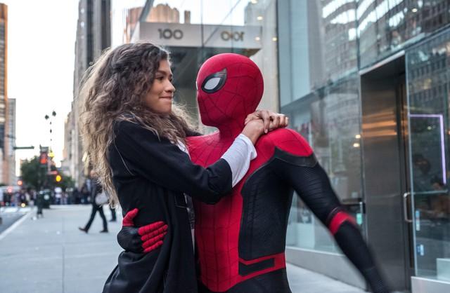 40 điều thú vị chỉ fan cứng mới soi ra được trong Spider-Man: Far From Home - Ảnh 13.