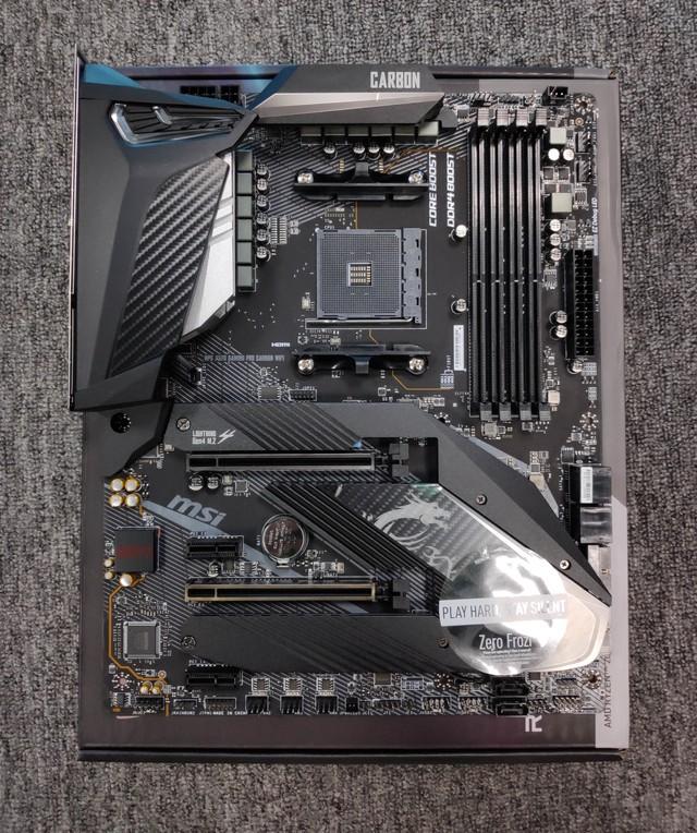 Cận cảnh cặp đôi MEG X570 ACE và MPG X570 Gaming Pro Carbon - Bo mạch chủ tuyệt phẩm đón đầu Ryzen 3000 của MSI - Ảnh 5.