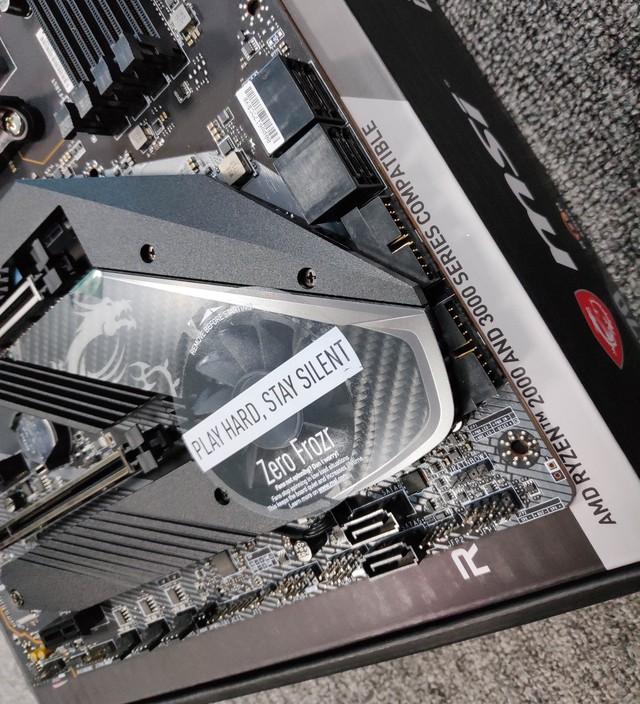 Cận cảnh cặp đôi MEG X570 ACE và MPG X570 Gaming Pro Carbon - Bo mạch chủ tuyệt phẩm đón đầu Ryzen 3000 của MSI - Ảnh 9.