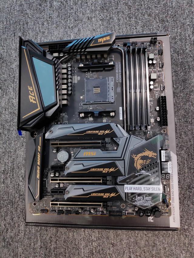 Cận cảnh cặp đôi MEG X570 ACE và MPG X570 Gaming Pro Carbon - Bo mạch chủ tuyệt phẩm đón đầu Ryzen 3000 của MSI - Ảnh 15.