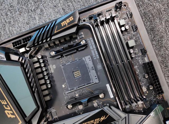 Cận cảnh cặp đôi MEG X570 ACE và MPG X570 Gaming Pro Carbon - Bo mạch chủ tuyệt phẩm đón đầu Ryzen 3000 của MSI - Ảnh 16.