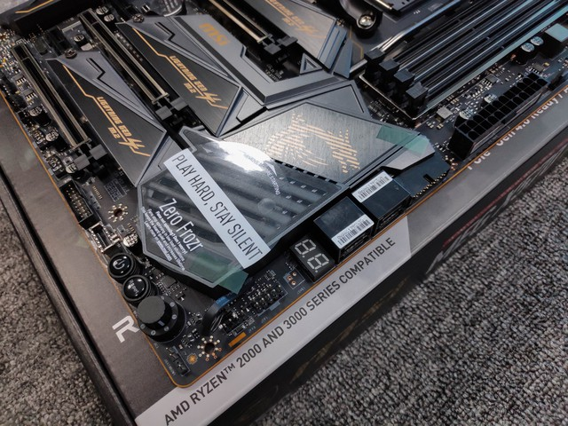 Cận cảnh cặp đôi MEG X570 ACE và MPG X570 Gaming Pro Carbon - Bo mạch chủ tuyệt phẩm đón đầu Ryzen 3000 của MSI - Ảnh 19.