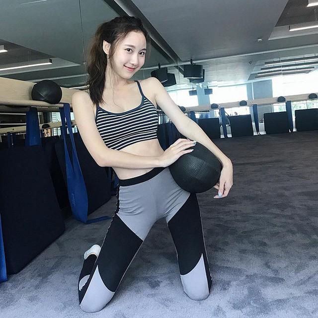 Cận cảnh nhan sắc thần tiên tỷ tỷ của hotgirl hoàn hảo nhất Đông Nam Á, ngại làm người mẫu vì bận học - Ảnh 9.