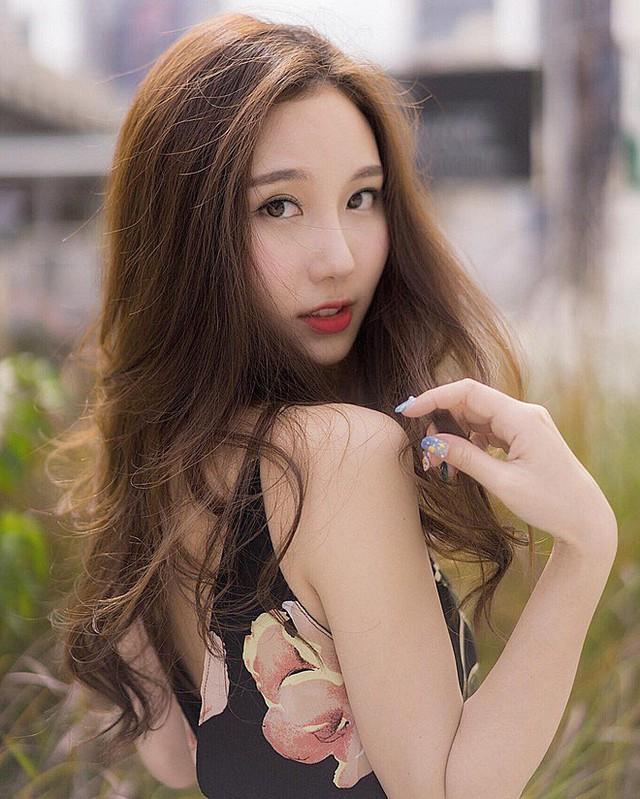 Cận cảnh nhan sắc thần tiên tỷ tỷ của hotgirl hoàn hảo nhất Đông Nam Á, ngại làm người mẫu vì bận học - Ảnh 11.