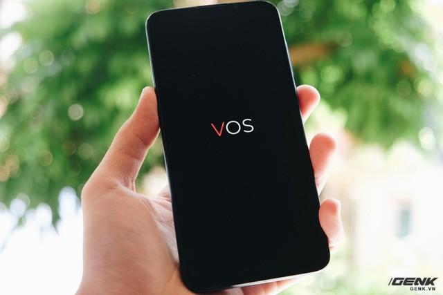 Vsmart khẳng định smartphone của mình khác nhau hoàn toàn về bản chất so với máy Trung Quốc, sẽ ra mắt Live 2 Make in Vietnam - Ảnh 2.