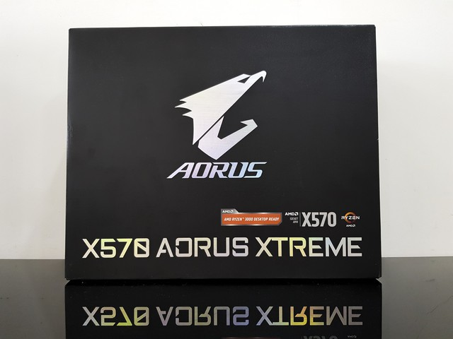 Mở hộp bo mạch chủ X570 Aorus Xtreme trị giá 11 triệu đồng, bên trong có gì mà đắt vậy? - Ảnh 1.