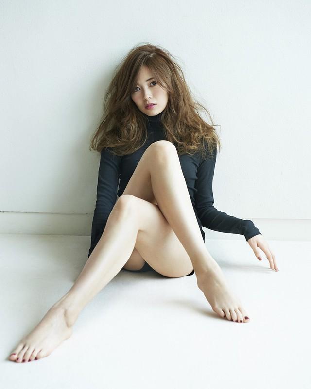Quyến rũ với nhan sắc mỹ miều của hot girl Nhật Bản, từng bị quấy rối vì quá xinh đẹp - Ảnh 10.