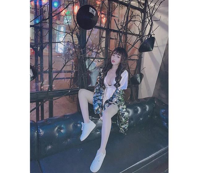 Nóng bỏng và quyến rũ với cô nàng hot girl Sài Thành mặt học sinh thân hình phụ huynh - Ảnh 7.