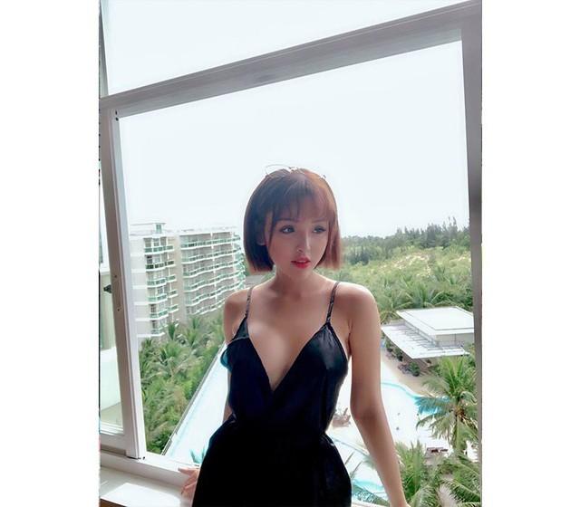 Nóng bỏng và quyến rũ với cô nàng hot girl Sài Thành mặt học sinh thân hình phụ huynh - Ảnh 14.
