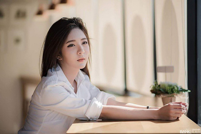 Gục ngã trước nhan sắc nóng bỏng của cô nàng hot girl xứ sở chùa Vàng - Ảnh 3.