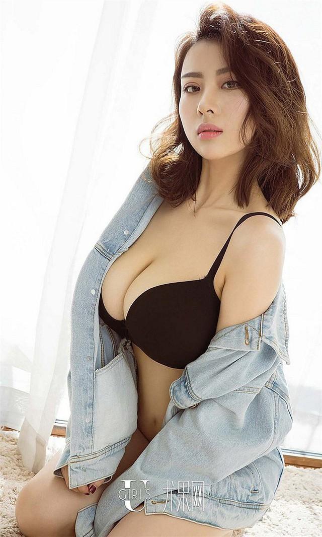 Cận cảnh gái xinh mới nổi xứ Trung, nổi tiếng với vòng một phồn thực 95cm - Ảnh 9.