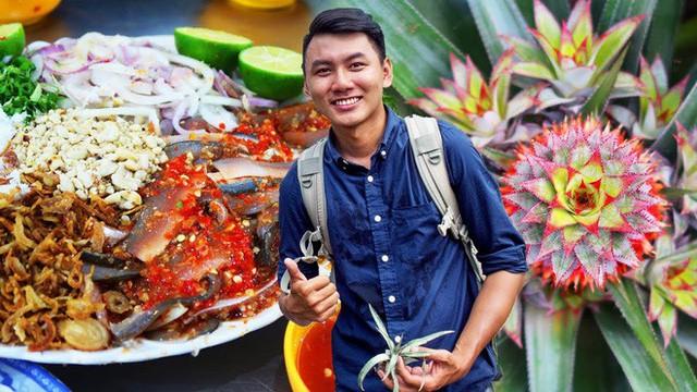 5 kênh du lịch - ẩm thực hot nhất miền Tây: Khoai Lang Thang sắp đạt nút vàng, một YouTuber trẻ tuổi khác đã làm được điều đó từ lâu - Ảnh 13.