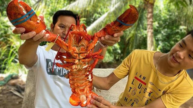 5 kênh du lịch - ẩm thực hot nhất miền Tây: Khoai Lang Thang sắp đạt nút vàng, một YouTuber trẻ tuổi khác đã làm được điều đó từ lâu - Ảnh 26.