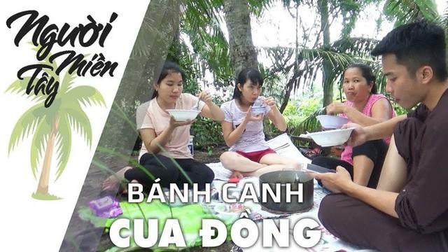5 kênh du lịch - ẩm thực hot nhất miền Tây: Khoai Lang Thang sắp đạt nút vàng, một YouTuber trẻ tuổi khác đã làm được điều đó từ lâu - Ảnh 57.