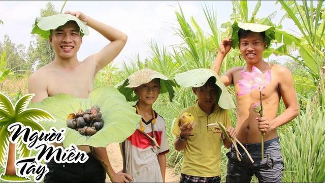 5 kênh du lịch - ẩm thực hot nhất miền Tây: Khoai Lang Thang sắp đạt nút vàng, một YouTuber trẻ tuổi khác đã làm được điều đó từ lâu - Ảnh 58.