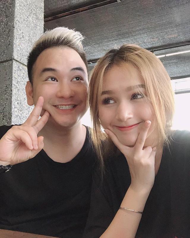 Những couple chú - cháu siêu đáng yêu: Đỉnh nhất là streamer giàu nhất Việt Nam Xemesis, hơn bạn gái tận 13 tuổi! - Ảnh 2.