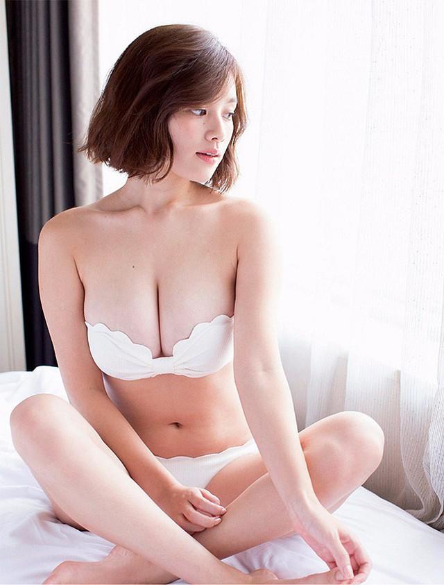 Chảy máu mũi với gái xinh được khao khát nhất Nhật Bản: Sở hữu số đo 3 vòng 89-60-85 và từng bị sàm sỡ ngay trên sóng - Ảnh 15.