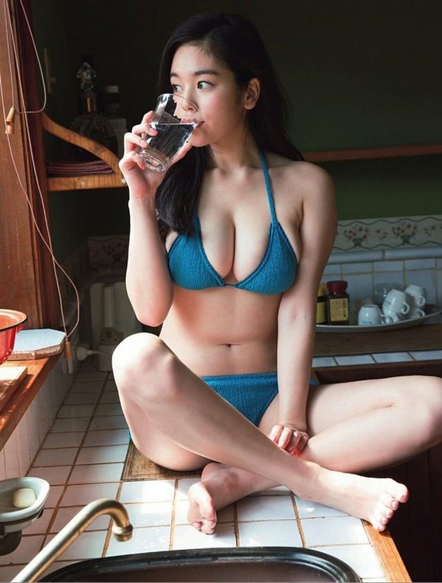 Chảy máu mũi với gái xinh được khao khát nhất Nhật Bản: Sở hữu số đo 3 vòng 89-60-85 và từng bị sàm sỡ ngay trên sóng - Ảnh 20.
