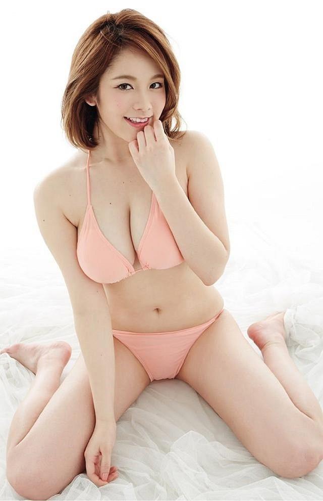Chảy máu mũi với gái xinh được khao khát nhất Nhật Bản: Sở hữu số đo 3 vòng 89-60-85 và từng bị sàm sỡ ngay trên sóng - Ảnh 21.