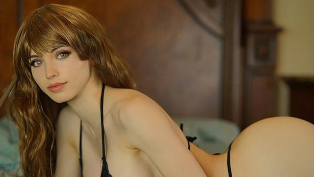 Không mặc nội y và để lộ body nhạy cảm, nữ streamer xinh đẹp bay màu trong nháy mắt - Ảnh 5.
