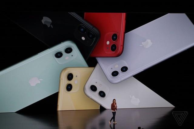 iPhone 11 chính thức ra mắt với chip mới mạnh mẽ, pin trâu nhưng giá rẻ chỉ hơn 16 triệu đồng - Ảnh 1.