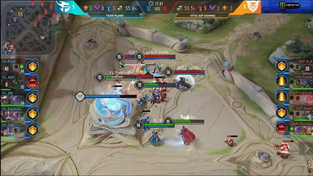 Liên Quân Mobile: Cấm thẳng dàn tướng tủ của ADC, IGP Gaming khuất phục Team Flash và giành ngôi đầu - Ảnh 4.