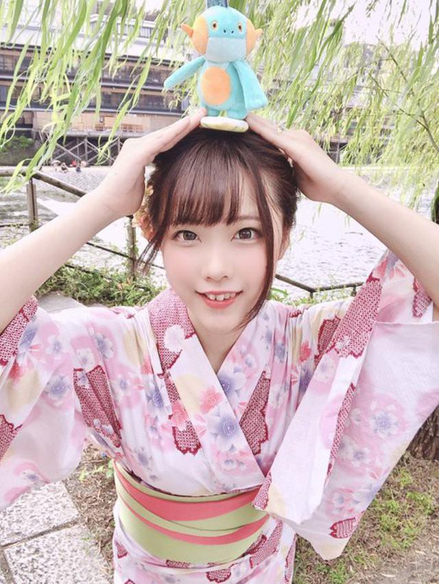 Nữ thần cosplayer xinh đẹp bỗng chốc khiến fan ú ớ, há hốc mồm sau pha pose ảnh đời thật không chỉnh sửa - Ảnh 5.