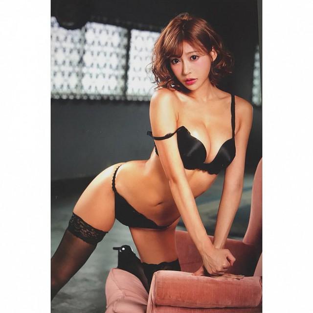 Loạt nữ diễn viên sao người lớn Nhật Bản được yêu thích nhất, Yua Mikami chỉ xếp thứ 3 - Ảnh 4.