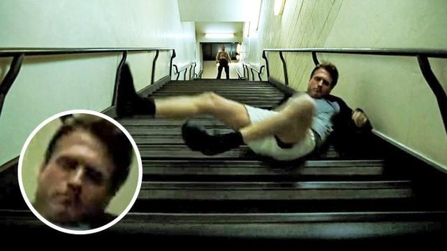 12 hạt sạn ngớ ngẩn trong các bộ phim nổi tiếng mà ít người soi ra - Ảnh 11.