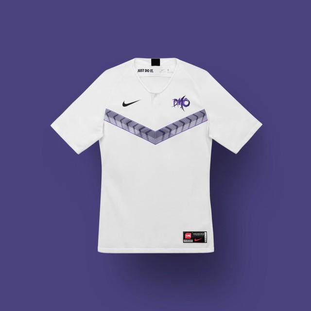 LMHT: Nike ra mắt mẫu áo thi đấu mới toanh cho các game thủ LPL mùa giải 2020 - Ảnh 1.