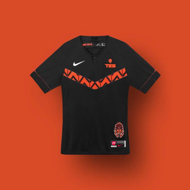 LMHT: Nike ra mắt mẫu áo thi đấu mới toanh cho các game thủ LPL mùa giải 2020 - Ảnh 12.