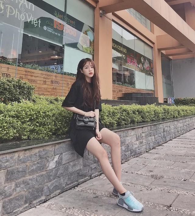 Hot girl 21 tuổi lên báo Trung vì quá xinh đẹp: Mỗi tháng mình kiếm được khoảng 70 triệu - Ảnh 4.