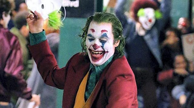 Đánh giá sớm Joker: Xứng đáng là kiệt tác nghệ thuật, một tác phẩm làm thay đổi hoàn toàn dòng phim chuyển thể - Ảnh 4.