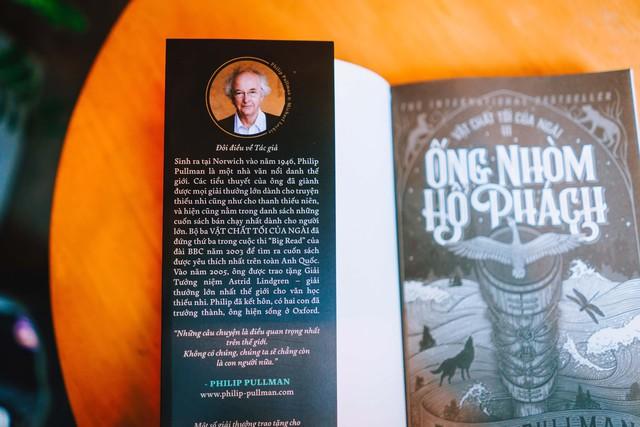 Bộ tiểu thuyết kỳ ảo kinh điển Vật Chất Tối Của Ngài chính thức phát hành tại Việt Nam - Ảnh 2.