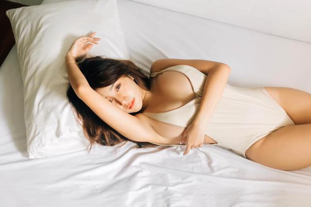 Cận cảnh thân hình gây lú của nữ thần nội y đẹp nhất Đông Nam Á, thường xuyên được NPH mời để quyến rũ game thủ - Ảnh 7.