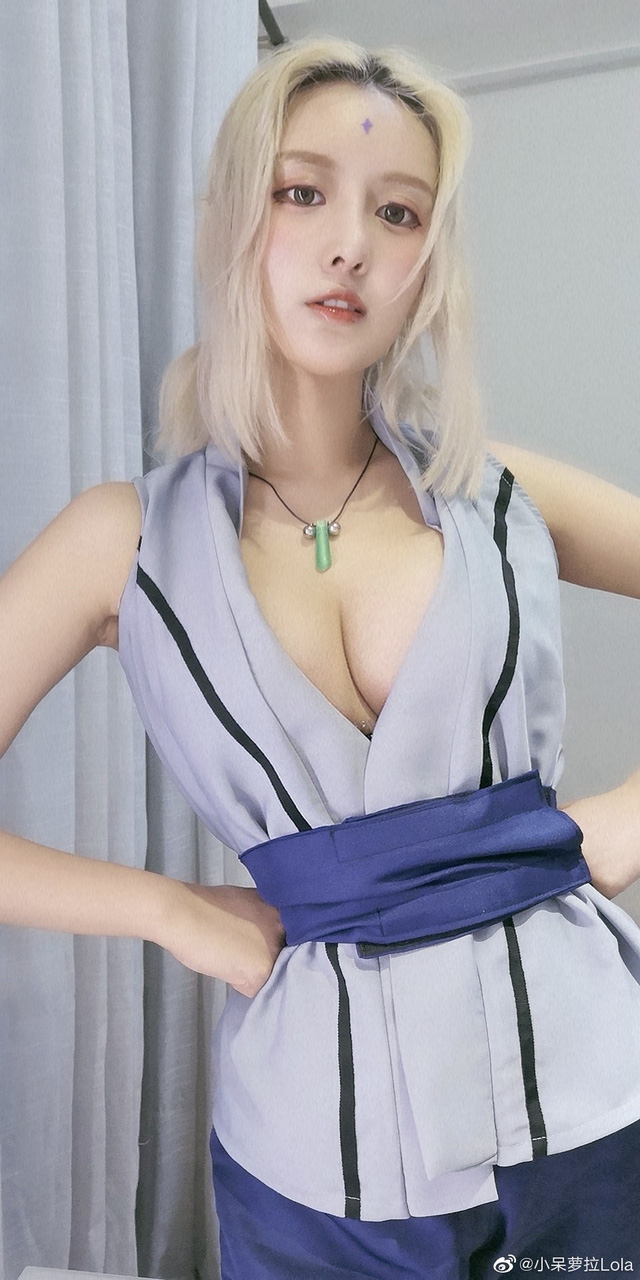 """""""Chảy nước miếng"""" với pha cosplay Tsunade siêu vòng 1 của cô nàng mặt học sinh, ngực phụ huynh - Ảnh 4."""