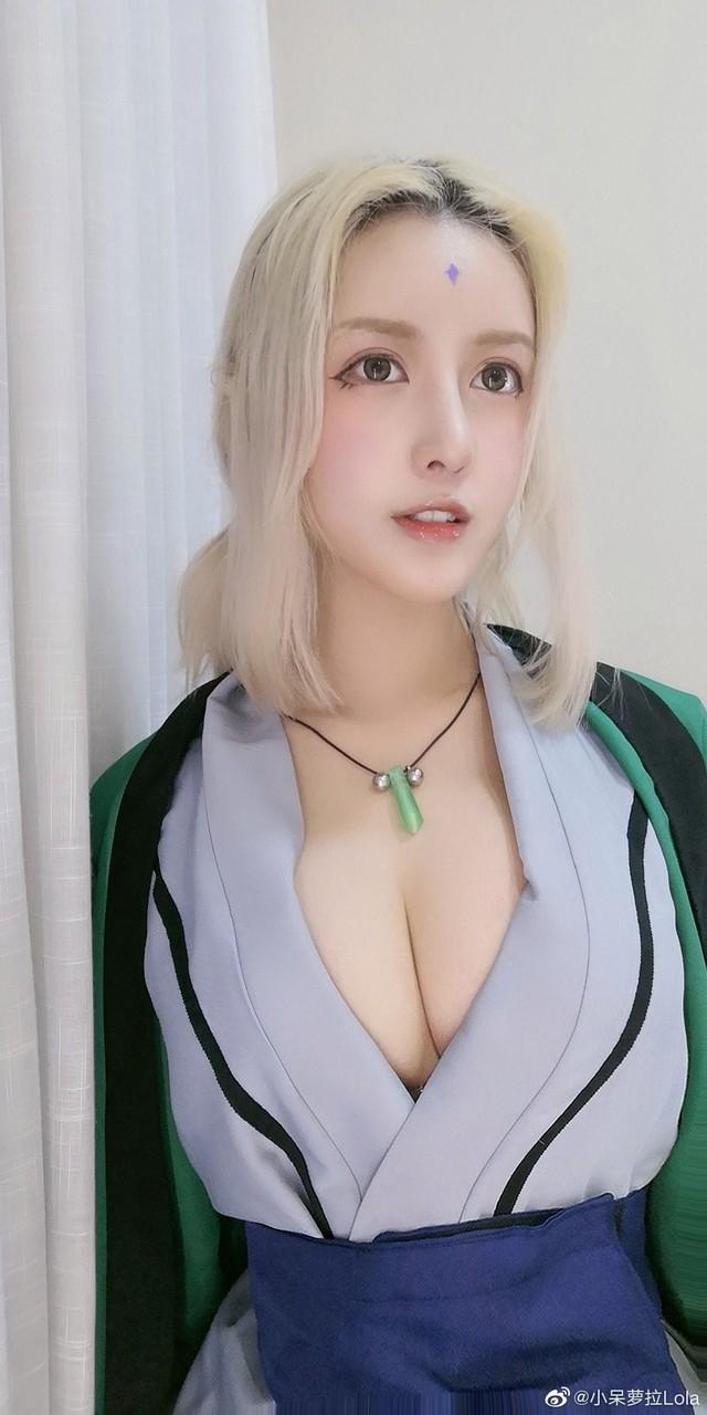 """""""Chảy nước miếng"""" với pha cosplay Tsunade siêu vòng 1 của cô nàng mặt học sinh, ngực phụ huynh - Ảnh 5."""