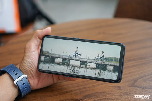 Trên tay Oppo A9 2020: Thiết kế đẹp mắt, cấu hình rất tốt trong phân khúc tầm trung, giá dự kiến 6,9 triệu đồng - Ảnh 13.